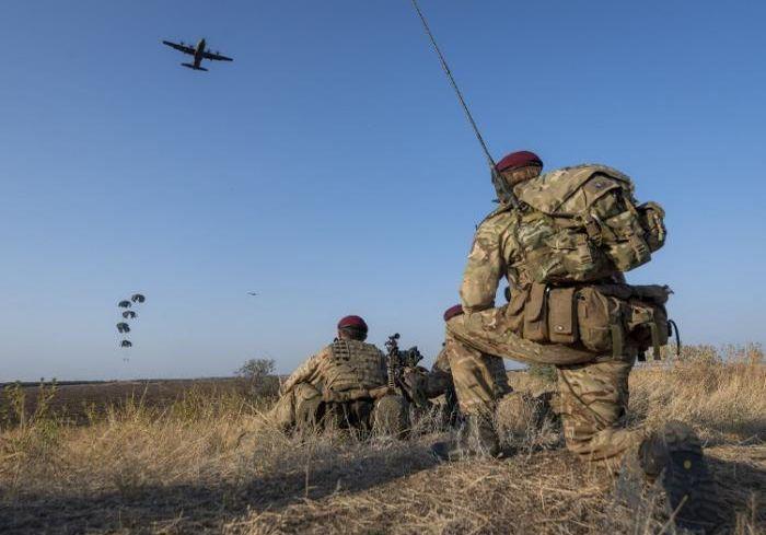 Глава МИД: «В Украине могут разместить британских десантников»