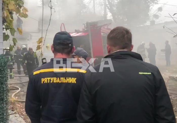 Перед пожаром в центре Харькова произошел взрыв - подробности (видео)