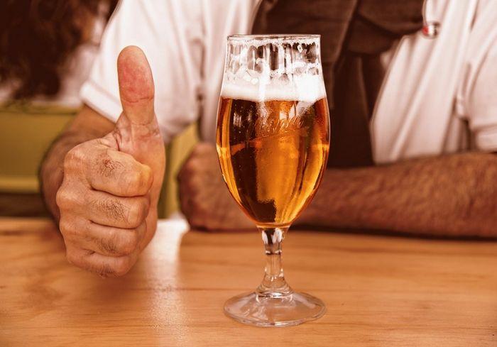 Названы три главных признака алкогольной зависимости