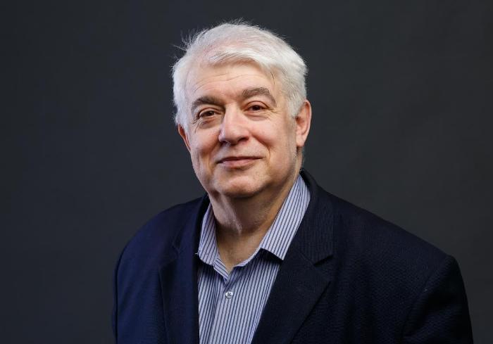 Александр Кирш: «Исторические циклы, или Сказка про Белого Бычка»