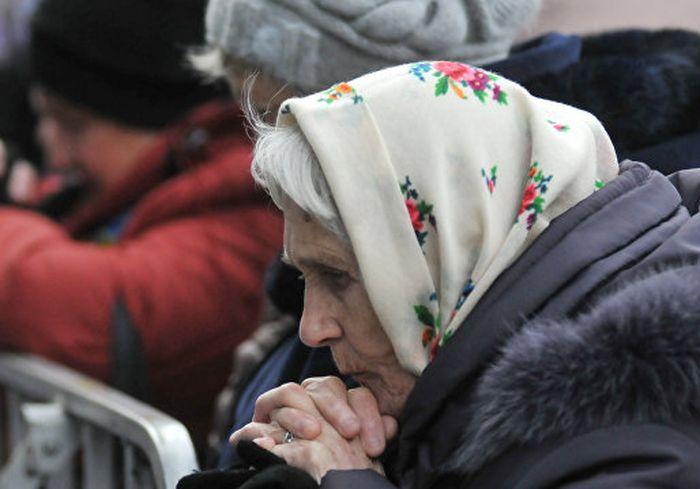 Эксперты объяснили, почему выплата пенсий в долг станет для украинцев привычной