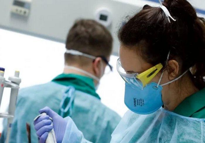 Ученые встревожены быстрым появлением новых штаммов COVID