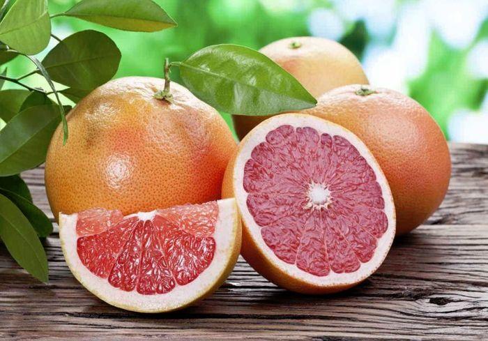 Грейпфруты снизят холестерин и выведут камни