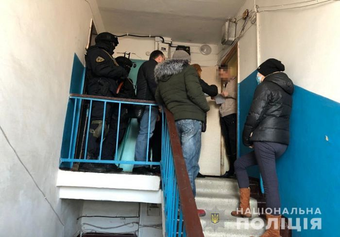 В Харькове суд избрал меру пресечения мужчине, который дважды сообщал о якобы минировании торгового комплекса во Львове