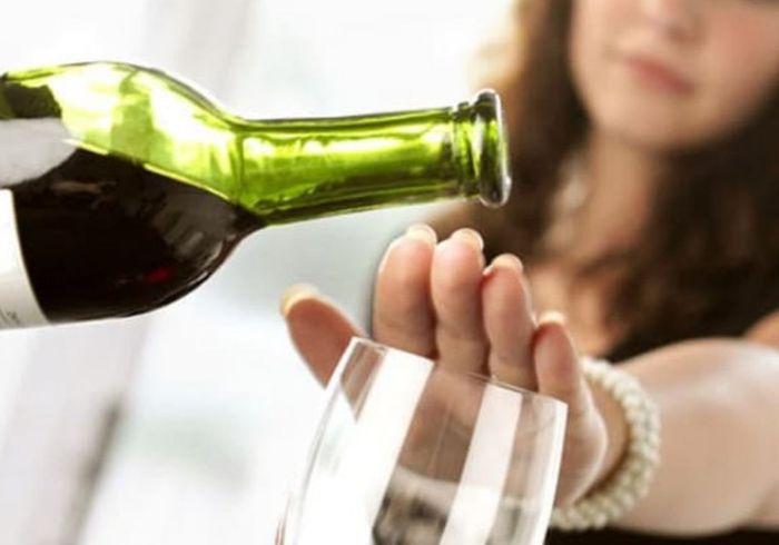 Ученые выяснили, на сколько лет продлевает жизнь отказ от алкоголя