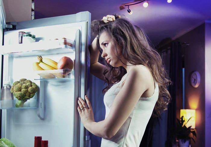 Диетологи рассказали, когда лучше всего ужинать, чтобы не поправиться
