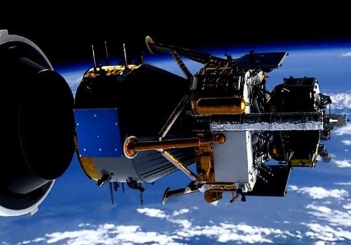 В Сети показали уникальное фото Земли и Луны из глубокого космоса