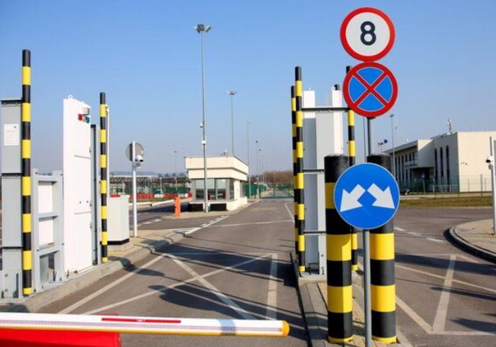 Польша открывает на границе с Украиной еще три автомобильных пункта пропуска