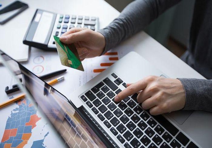 В Минюсте объяснили ситуацию с «автоматическим» списанием штрафов с банковских карт