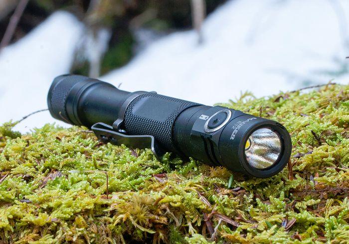 Без фонарика в походе не обойтись