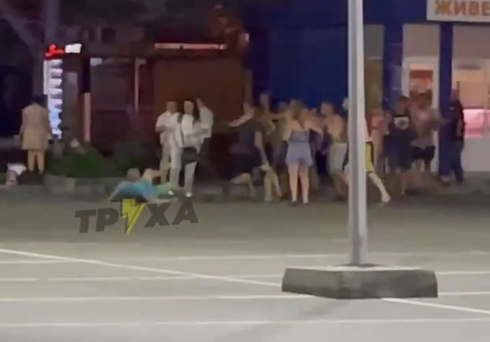 На Салтовке произошла массовая ночная драка (видео)
