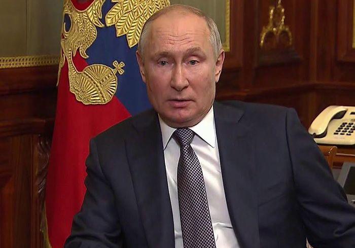 «А сами россияне — один народ?»: неожиданная реакция на статью Путина