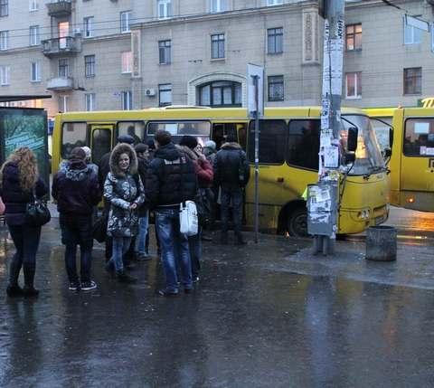 300 автобусов к Евро-2012.