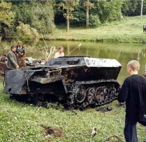 Харьковские поисковики нашли танк времён войны: фото-факты.